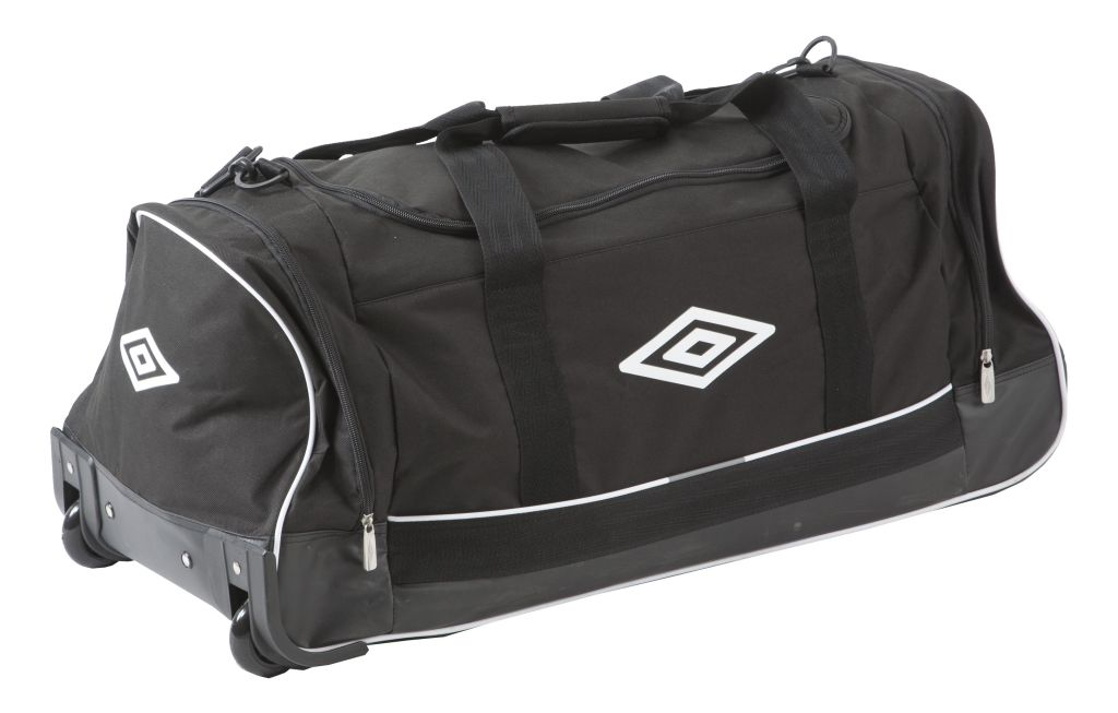 Umbro Team Wheeled Holdall