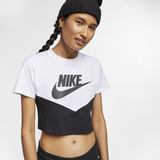 Nike Heritage Short-Sleeve Top W