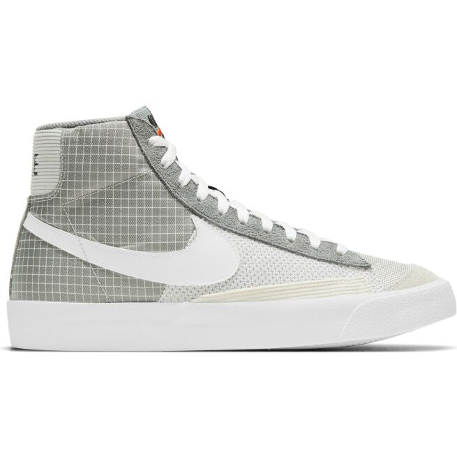 Nike Blazer MId '77 Patch