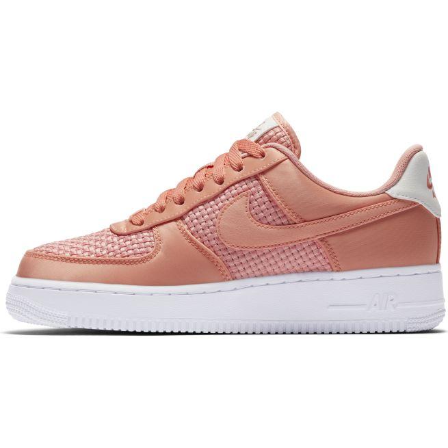 Nike Air Force 1 07' W