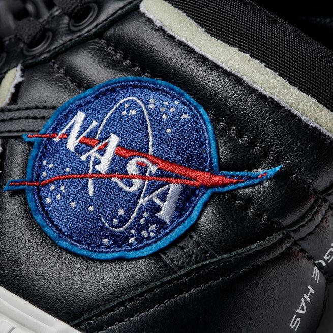 Vans Sk8-Hi MTE NASA